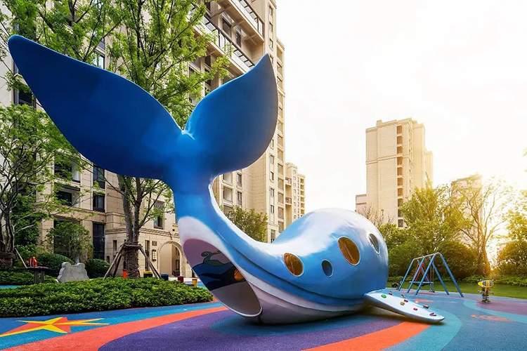 休闲广场不锈钢鲸鱼游乐设施雕塑造型