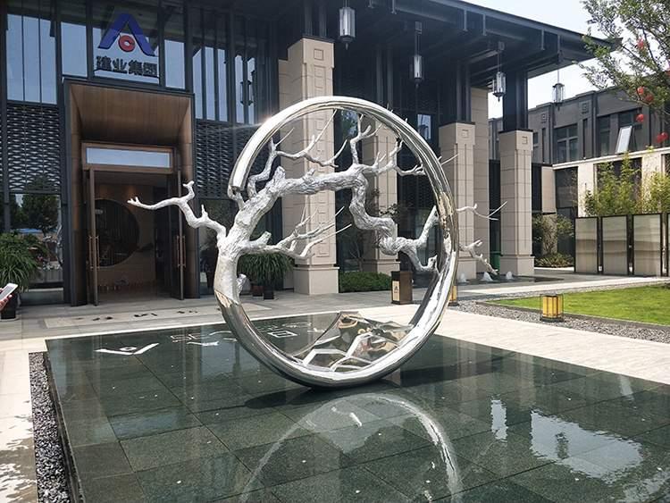 玻璃钢电镀水景树干造型雕塑