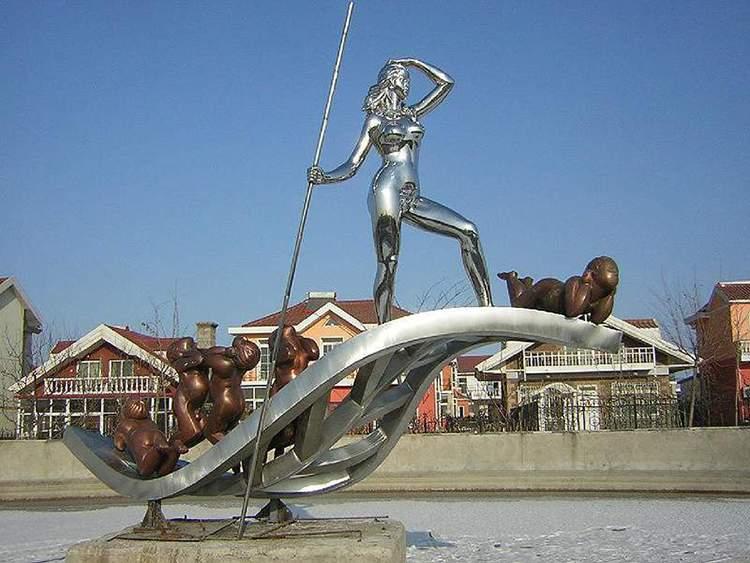 镜面不锈钢划船雕塑