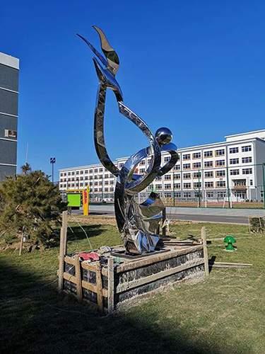 校园和平飞鸽镜面不锈钢雕塑