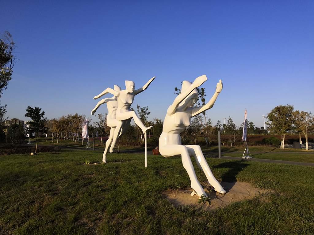 体育运动玻璃钢雕塑