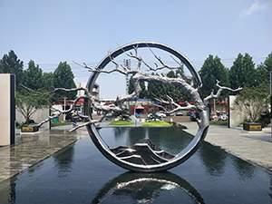 售楼处镜面不锈钢水景雕塑