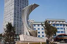 15米大型宾馆不锈钢精神堡垒