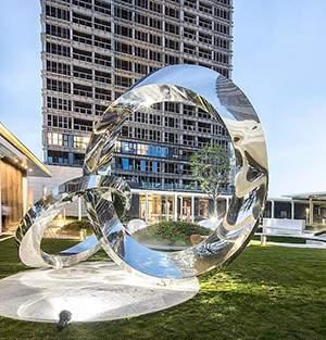 双圆环绿地广场雕塑
