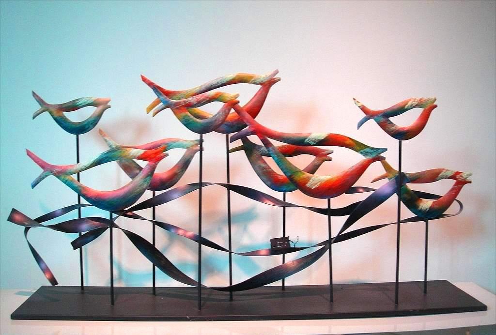 鱼泛涟漪玻璃钢雕塑造型