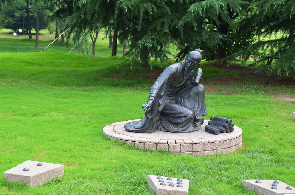 传书讲经人物铸铜雕塑
