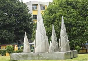 竹笋林立不锈钢拉丝雕塑造型