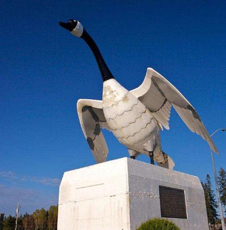 为什么做雕塑要选经验丰富的雕塑厂家?