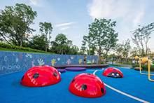 活动场地 儿童游乐区域 彩色铺装 儿童昆虫雕塑 景观设计