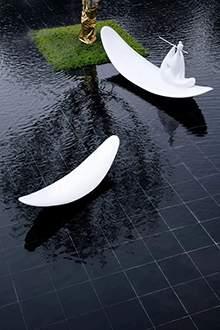 玻璃钢雕塑玻璃钢水景雕塑玻璃钢船吹笛人雕塑地产雕塑