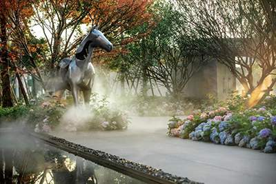 小区景观售楼处不锈钢马雕塑