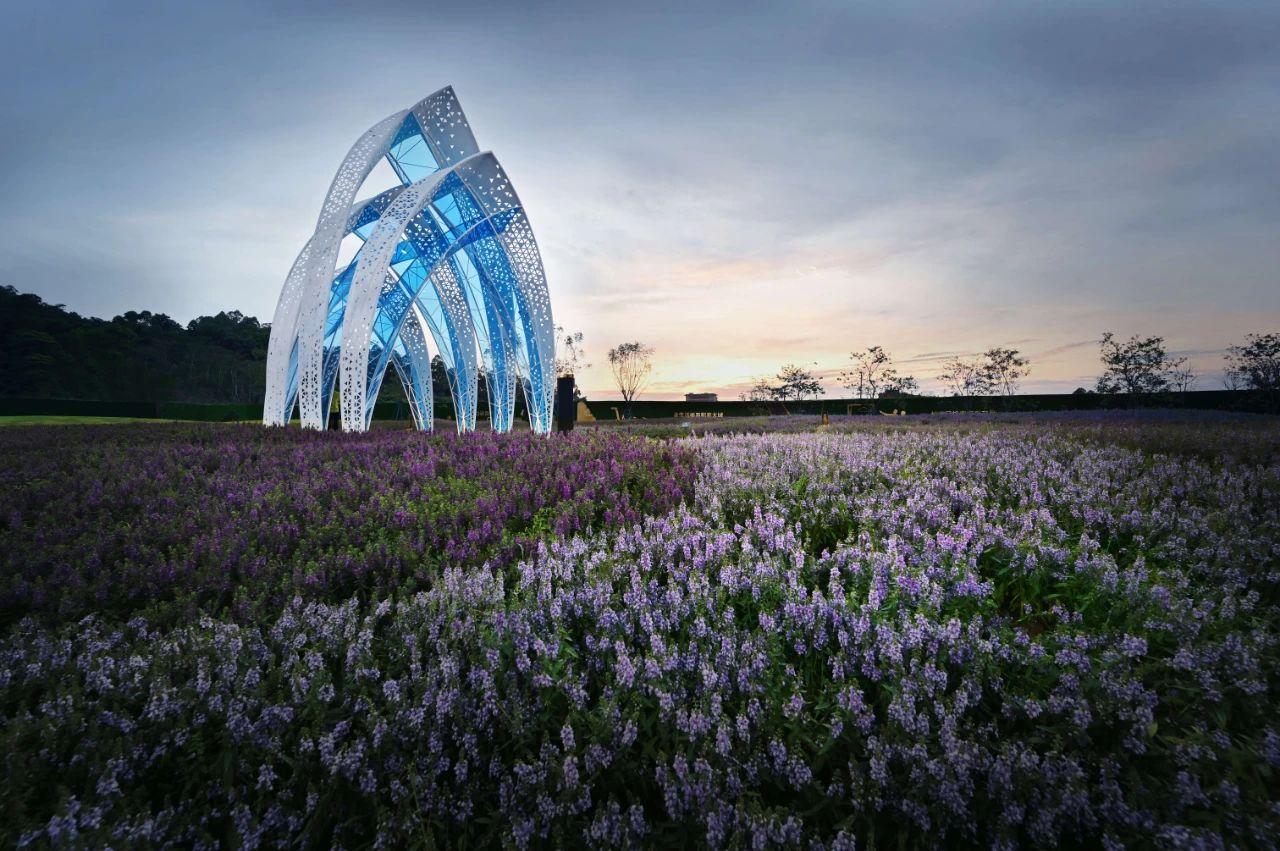 花海发光不锈钢金属廊架雕塑造型